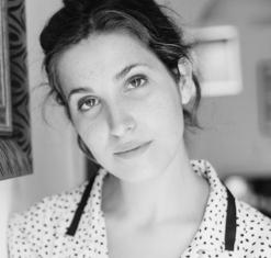 Carla Linares