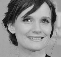 Anne-Pascale Clairembourg