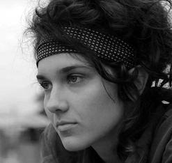 Clarisa Navas