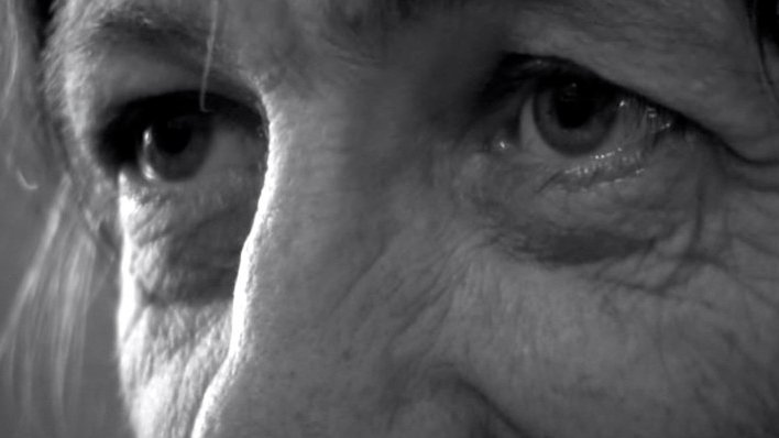 Contra a morte: Unha aproximación a Lois Pereiro