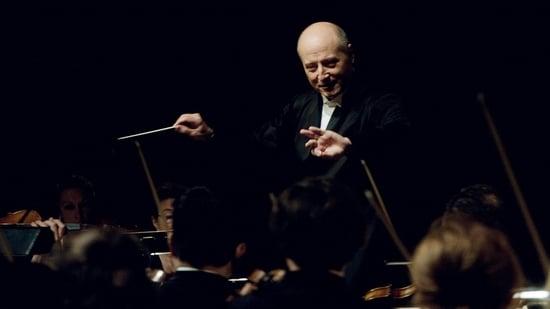 Järvi dirige Mozart, Sibelius y Hayden