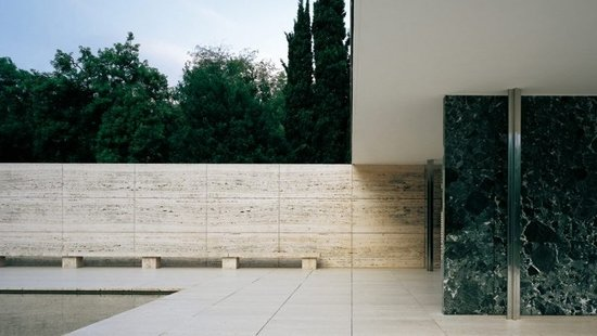 Mies on scene: Barcelona en dos actos