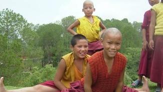 Budas en el exilio