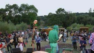 Klangbad: Avant-garde in the Meadows